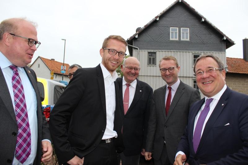 Begrüßten NRW-Ministerpräsident Armin Laschet (rechts) in Eudorf: Bürgermeister Stephan Paule, Landtagskandidat Michael Ruhl, der scheidende Landtagsabgeordnete Kurt Wiegel und CDU-Kreisvorsitzender Dr. Jens Mischak (von links).
